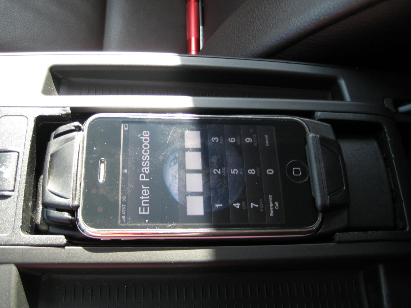 Anyone with an X3 and a center console phone snap-in adapter