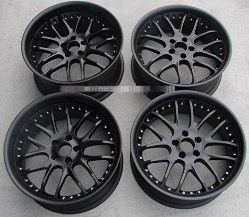 Staggered Black 20s