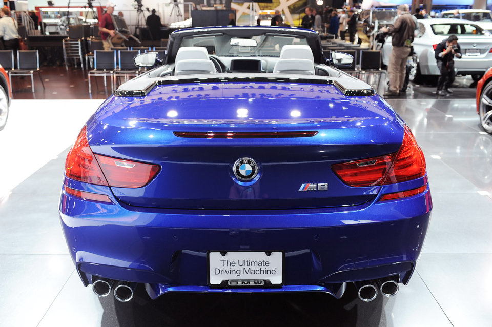 new bmw m6 convertible and bmw x1 to make world debuts at ny auto show x6 m us debut. Black Bedroom Furniture Sets. Home Design Ideas