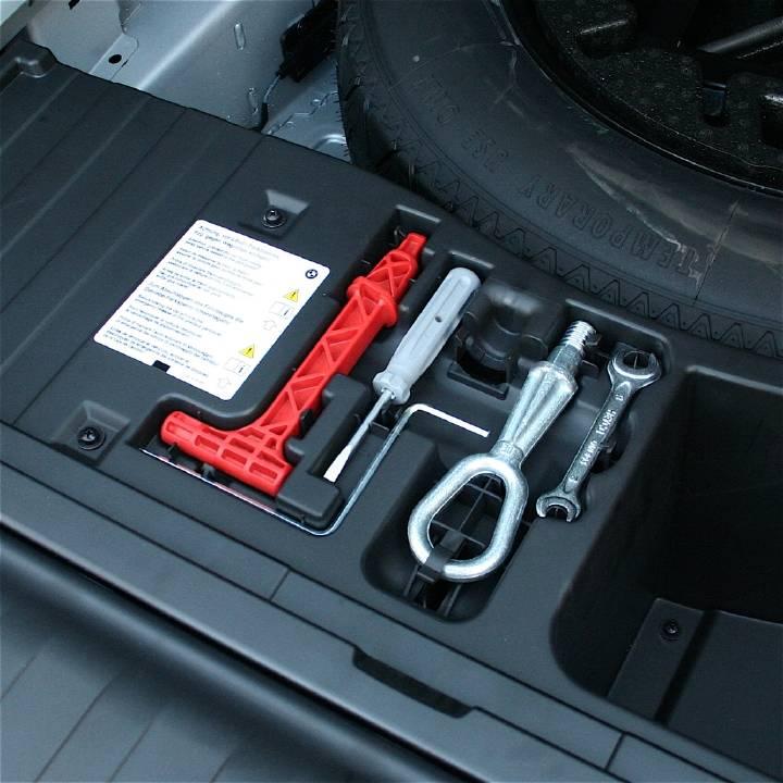 2013 X5m Tool Kit Xoutpost Com