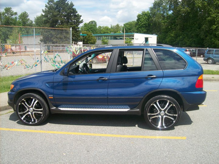 Post Pictures Of Your X5 With Black Or Gunmetal Wheels
