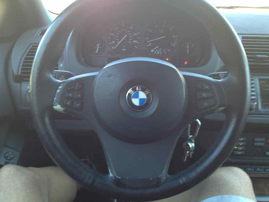 Replacing Steering Wheel Trim Xoutpost Com
