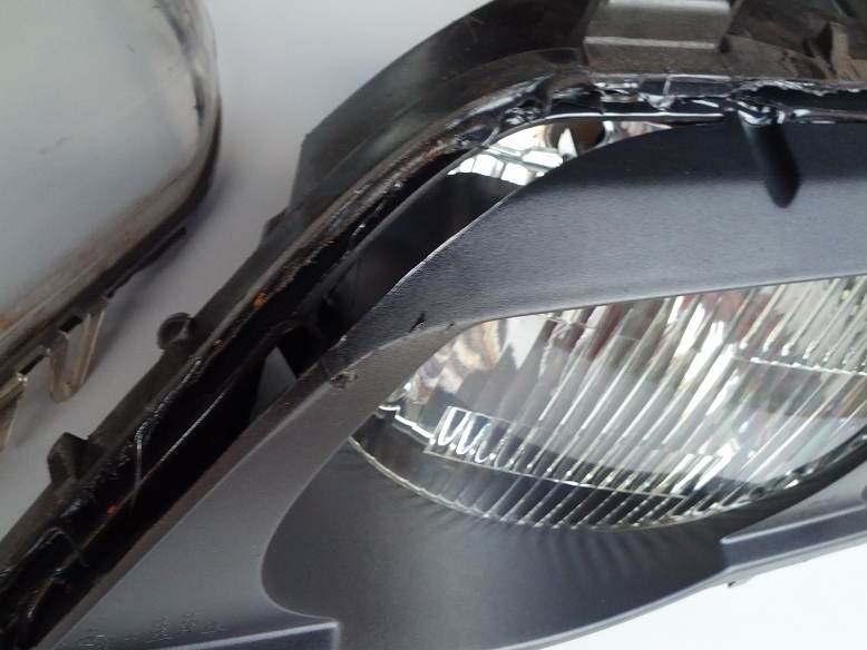 Headlight lense removed, now how to get projector bowl out