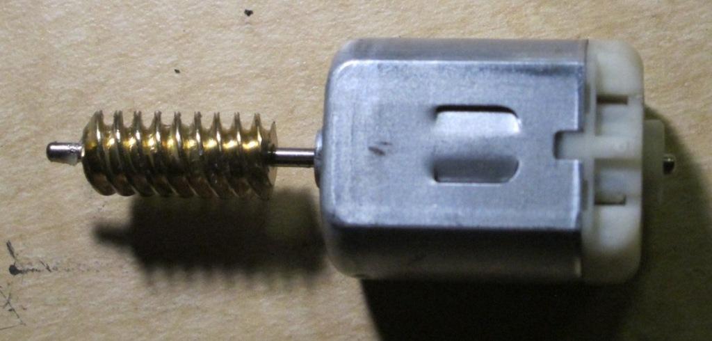 E53 driver's door lock actuator motor repair - Xoutpost com