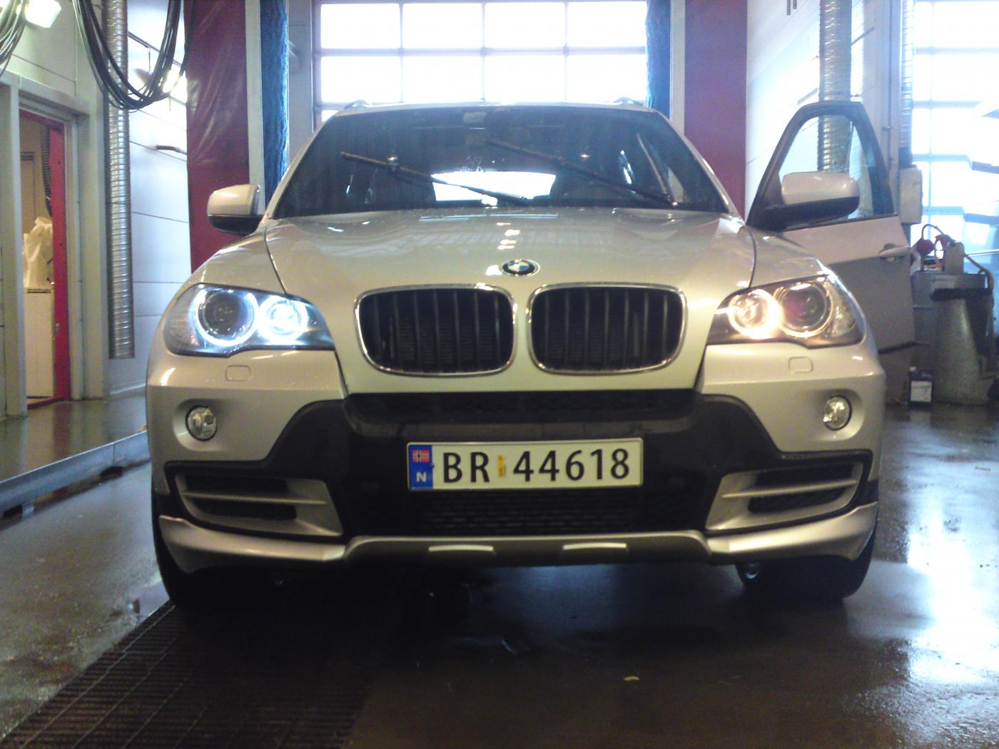 E70 X5 Led Angel Eyes Xoutpost Com